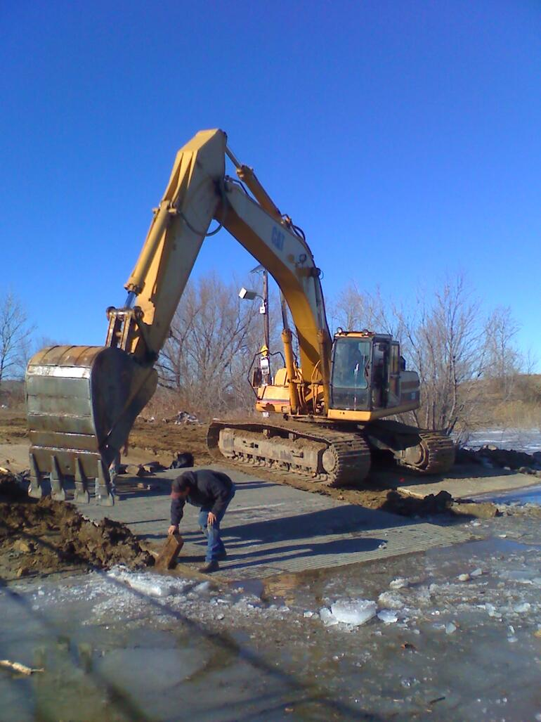 Elm Creek Boat Ramp Improvements - Dec 2009