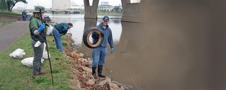 VOLUNTEERS TO HELP PICK UP TRASH ALONG ARKANSAS RIVER