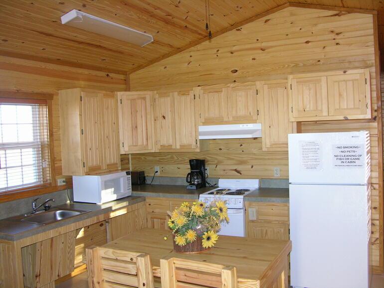 Scott City Ks >> Inside Modern Cabins / Eisenhower Gallery / Eisenhower / Locations / State Parks / KDWPT - KDWPT