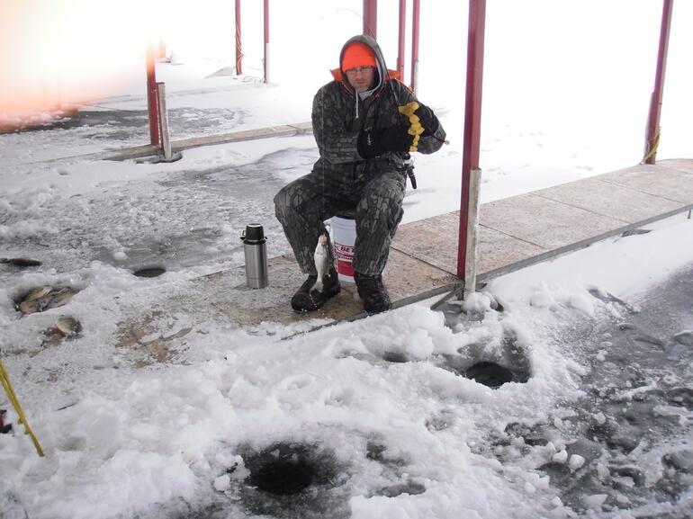 Ice fishing for crappie glen elder gallery glen elder for Crappie ice fishing