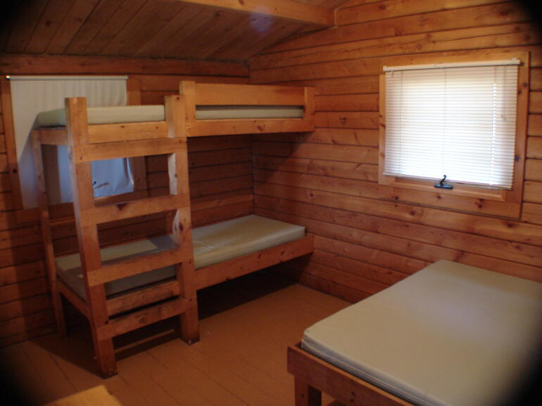 El dorado state park log cabin interior el dorado for El dorado cabins