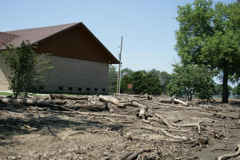 2007 Flood Fredonia Bathhouse
